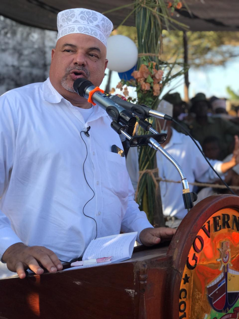 Governor Fahim Twaha has reiterated on his commitment to solve the historical crises of land title deeds and water availability in Lamu.