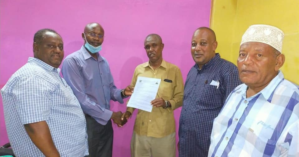 Lamu County bursary ward committee representatives from Basuba and Kiunga have this afternoon received their appointment letters to serve at the board for a term of three years.